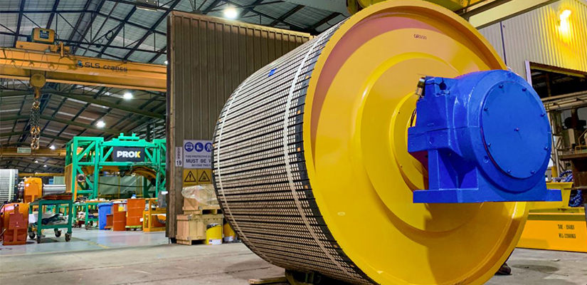 Fortescue Metals Group has awarded a major contract for the design, manufacture and supply of conveyor pulleys at the Iron Bridge magnetite project near Port Hedland in Western Australia.