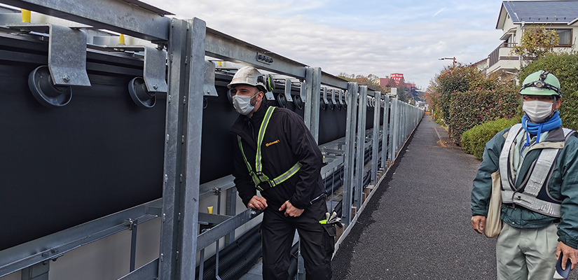 A flood prevention project in Machida, Tokyo, is using pouch conveyor belts to transport bulk materials safely and cleanly with low noise and emissions.