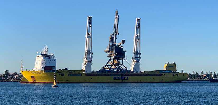 A $35 million bulk ship unloader, one of the largest single pieces of machinery to be brought into the Port of Newcastle, has arrived in Australia.